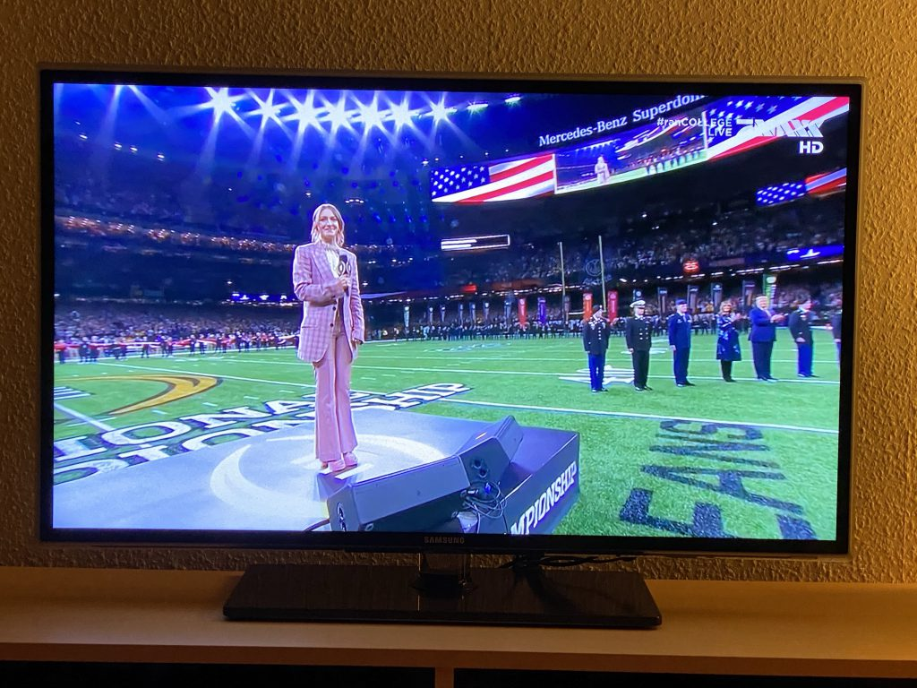 College Football Finale - Hymne